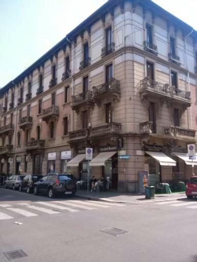 Negozio in San Gregorio, Fuori Milano, Milano