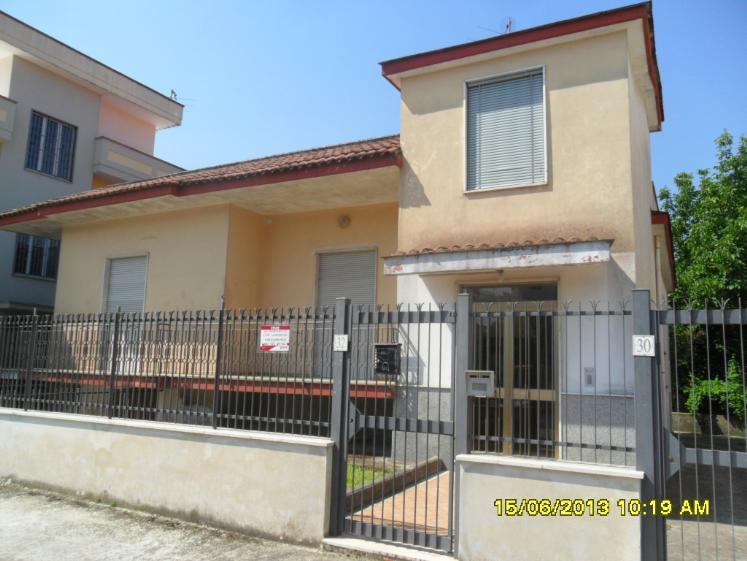 Villa in Via Trezzelle 55, Saviano