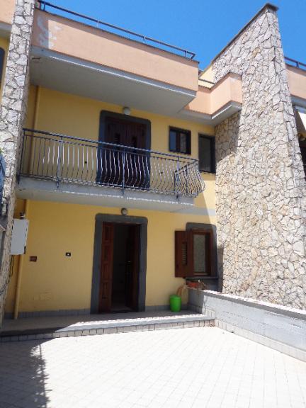 Villa a schiera in Via San Nicola 99, Comiziano