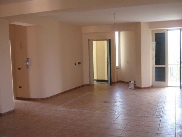 Appartamento in Via Strocchia 00, Saviano