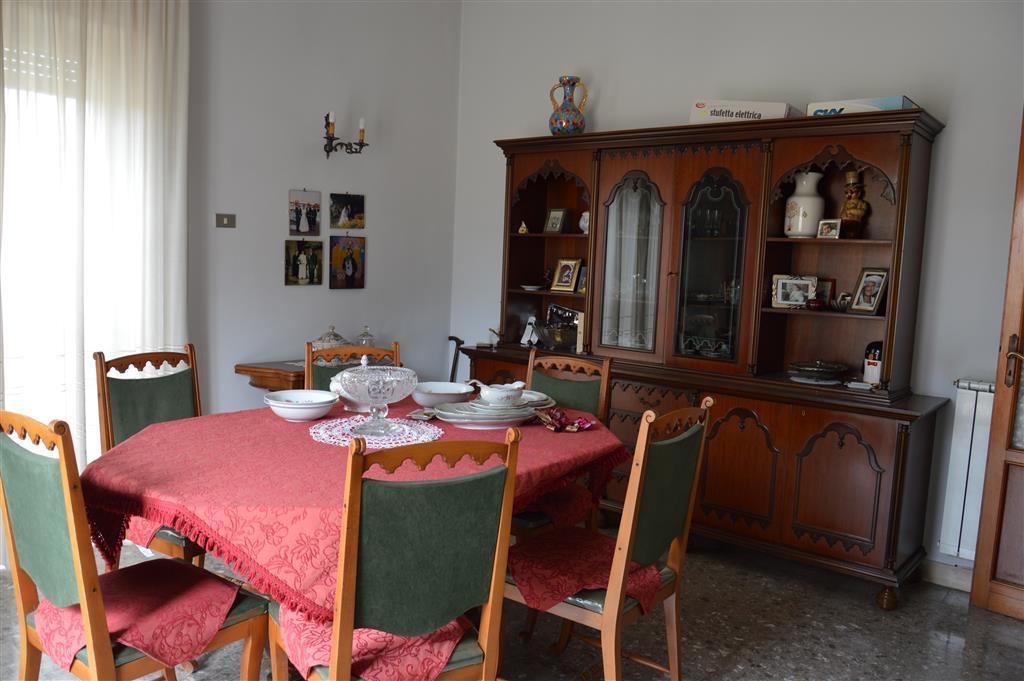 Appartamento in vendita a Nola, 5 locali, zona Località: NOLA, prezzo € 150.000   PortaleAgenzieImmobiliari.it