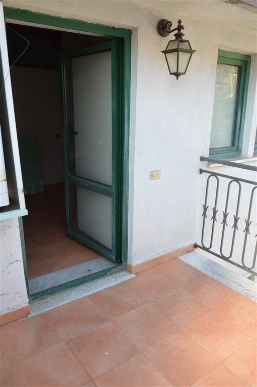 Appartamento in vendita a Lauro, 4 locali, zona Zona: Ima, prezzo € 124.000 | CambioCasa.it