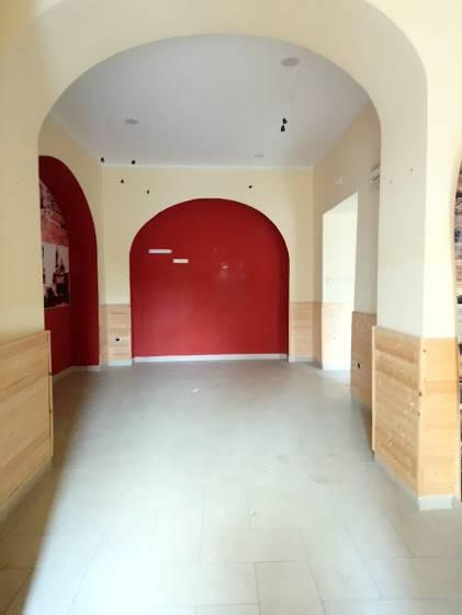 Locale commerciale in Via Anfiteatro Laterizio, Nola