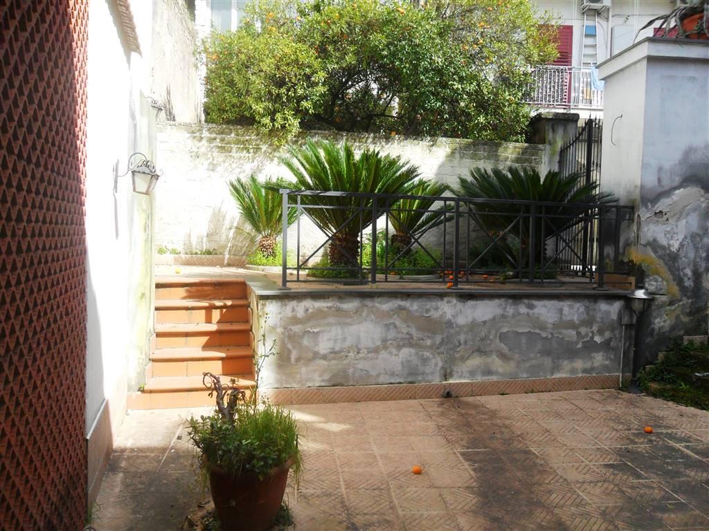 Soluzione Indipendente in affitto a Nola, 1 locali, zona Località: NOLA, prezzo € 300 | CambioCasa.it