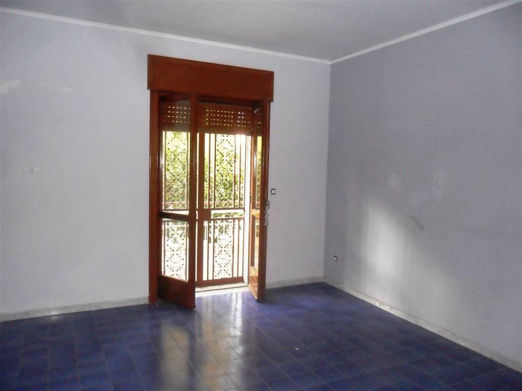 Appartamento in affitto a Nola, 3 locali, zona Località: NOLA, prezzo € 450 | CambioCasa.it