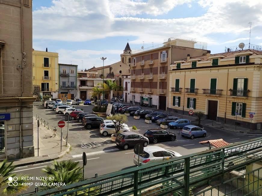Appartamento in vendita a Nola, 10 locali, zona Località: NOLA, prezzo € 400.000   CambioCasa.it