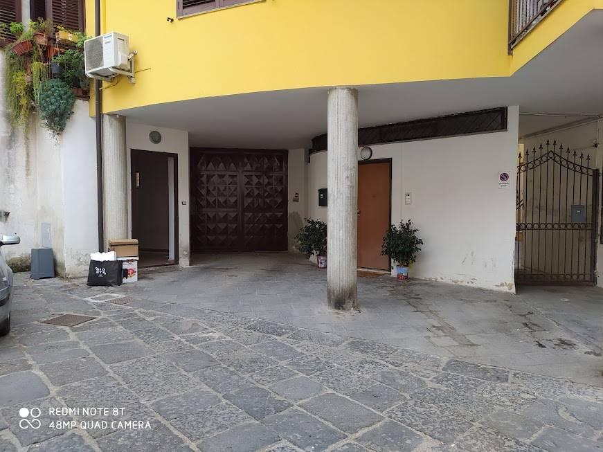 Ufficio / Studio in affitto a Lauro, 4 locali, prezzo € 400 | CambioCasa.it