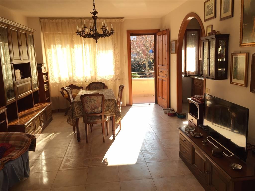 Appartamento indipendente in Via Pergolesi 1, Cecina