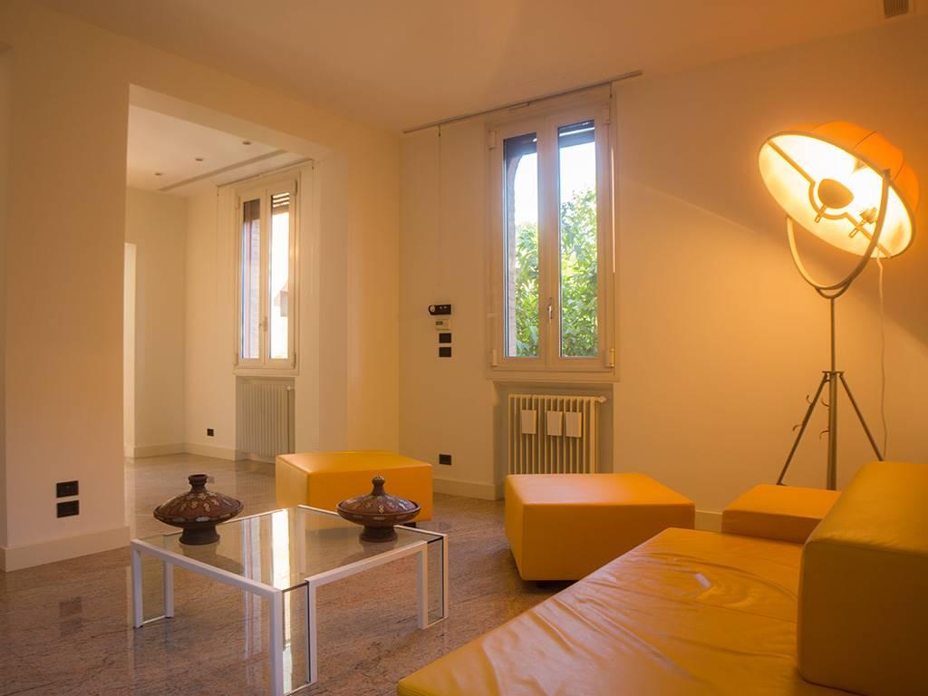 Immobili di prestigio a bologna in vendita e affitto for Appartamenti ristrutturati