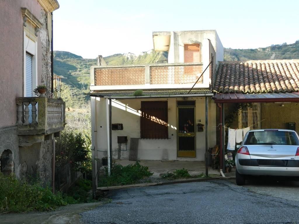 Casa singola in Via Roma  272, Scarcelli, Saponara