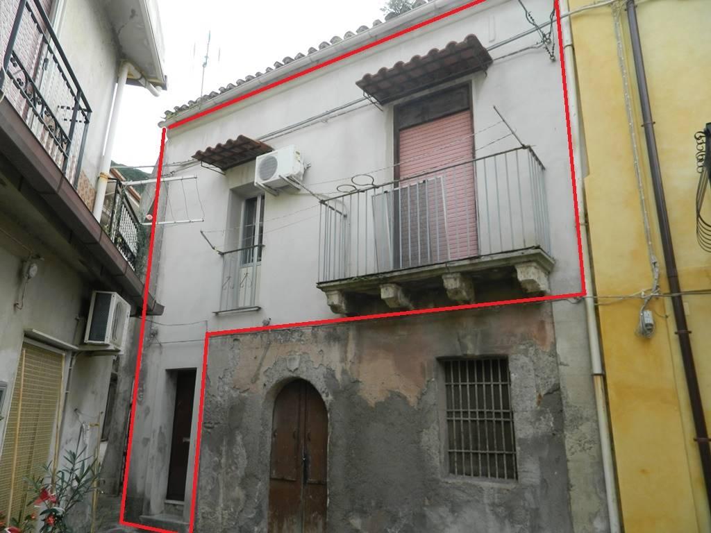 Casa semi indipendente in Via Nazario Sauro, Saponara Marittima, Saponara