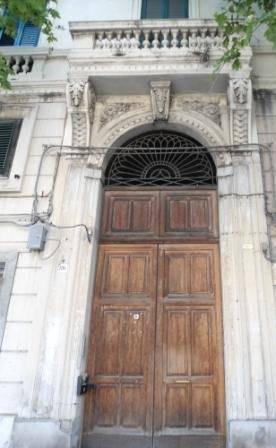 Quadrilocale in Via Legnano, C. Storico: Duomo, Via Garibaldi, C.so Cavour, Messina