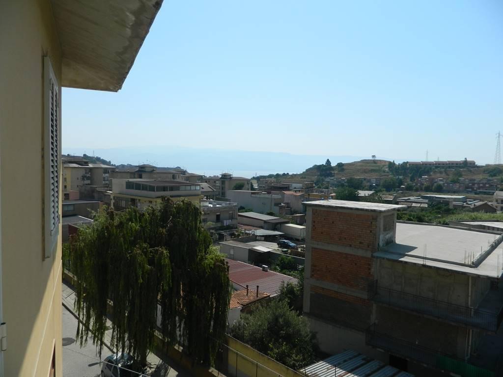 Trilocale in Via Cariddi, Contesse,gazzi,tremestieri, Messina