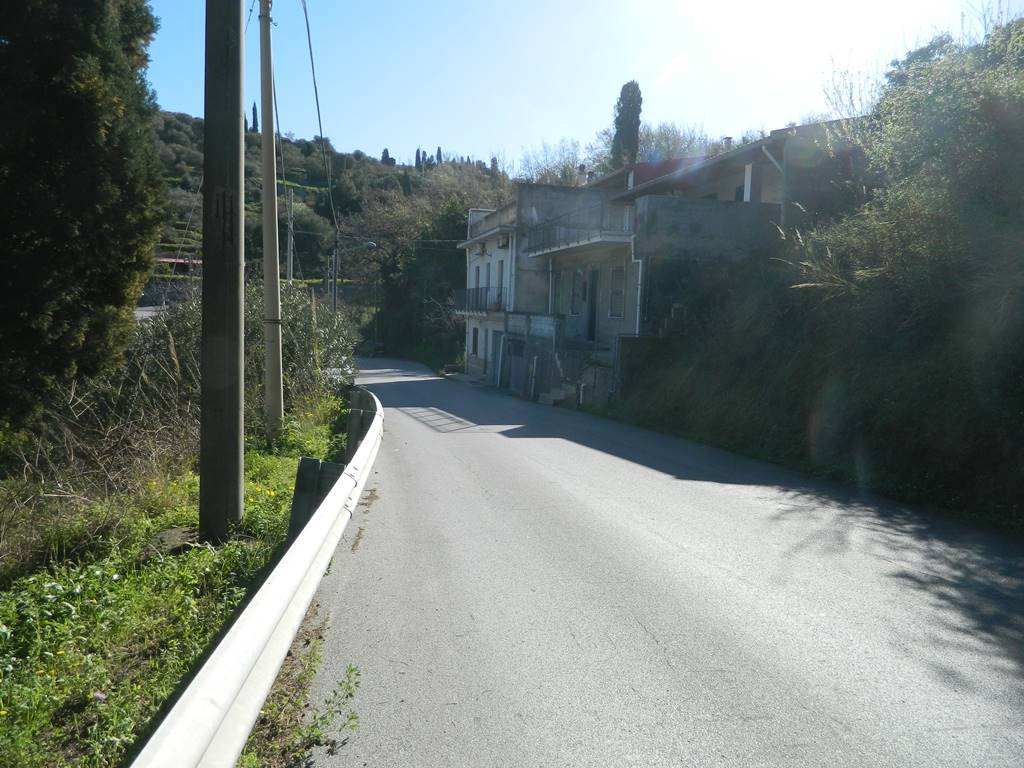 Rustico casale in Via Roma, Cavaliere, Saponara