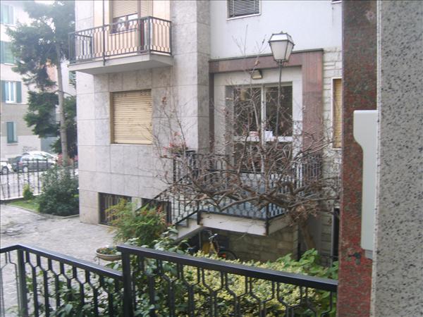 Bilocale in Via Morgantini 14, Lotto, Novara, S. Siro, Milano