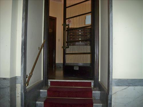 Bilocale in Via Giotto, De Angeli, Vercelli, Washinghton, Milano