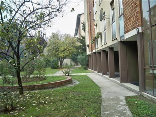 Trilocale in Via Della Capinera, Bande Nere , Primaticcio , Inganni, Milano