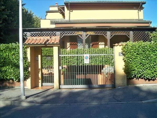 Villa, Trezzano Sul Naviglio, in ottime condizioni