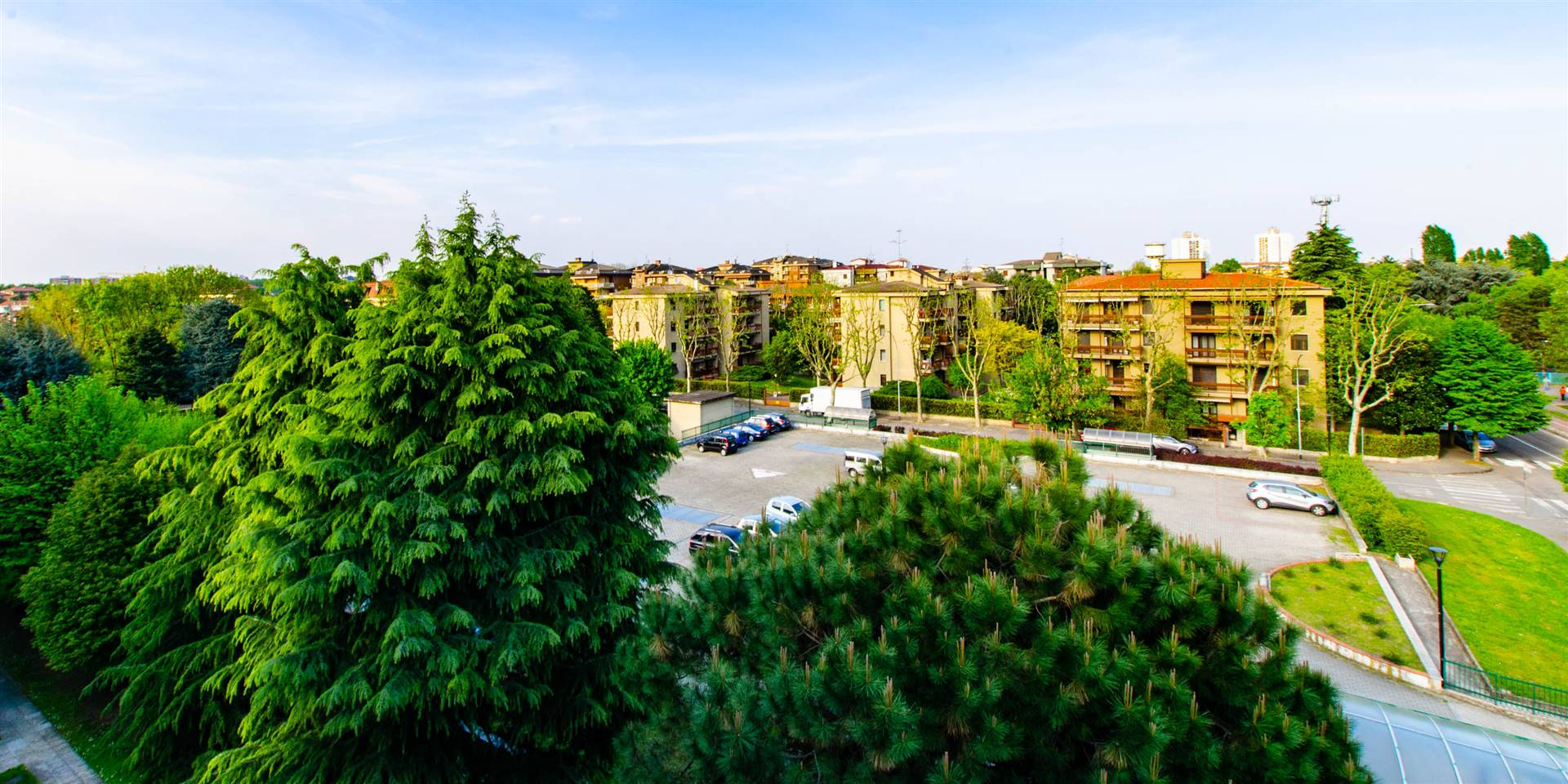 Appartamento in affitto a Cesano Boscone, 4 locali, prezzo € 1.350 | CambioCasa.it
