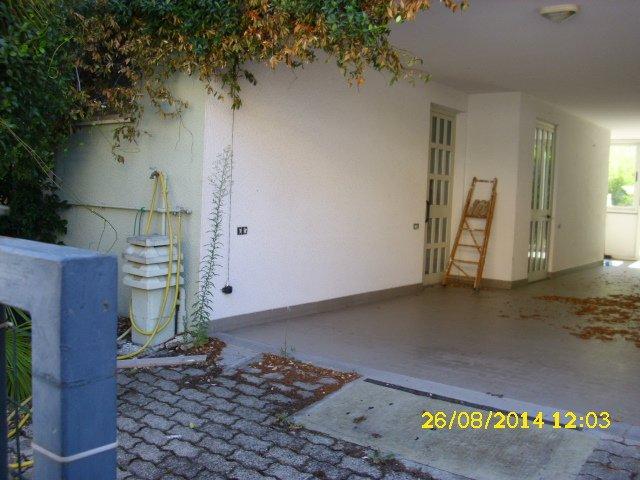 Villa a schiera, Giulianova, abitabile