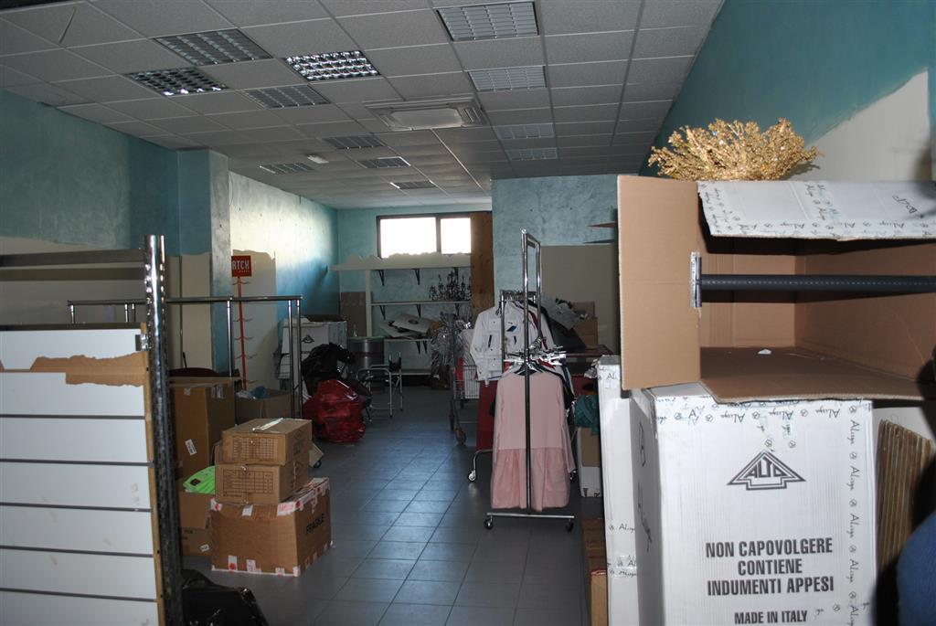 Negozio / Locale in vendita a Giulianova, 1 locali, prezzo € 70.000 | CambioCasa.it