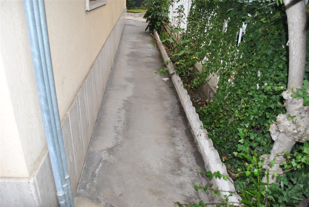 Trilocale, Giulianova, da ristrutturare
