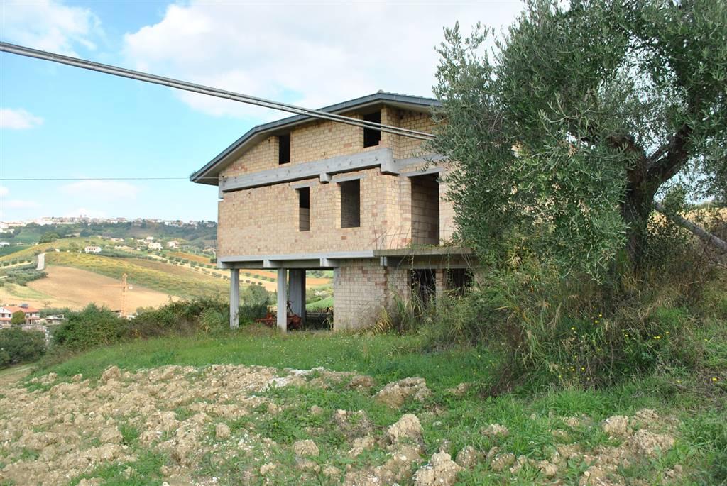 Casa singola, Salino, Tortoreto, da ristrutturare