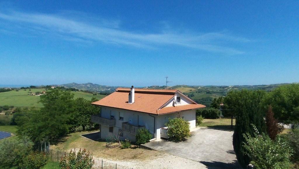 Villino, Case Alte, Sant'omero