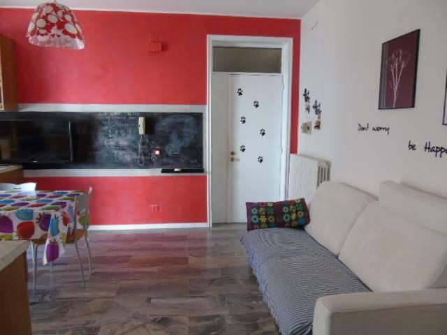 Appartamento in vendita a Alba Adriatica, 4 locali, prezzo € 118.000   CambioCasa.it