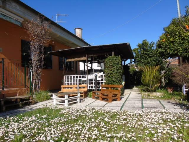 Casa singola, Tortoreto Lido, Tortoreto, ristrutturata