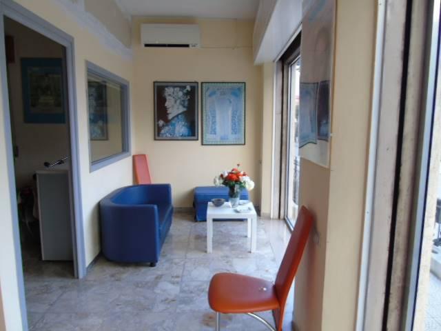 Ufficio / Studio in affitto a Giulianova, 3 locali, prezzo € 500 | CambioCasa.it