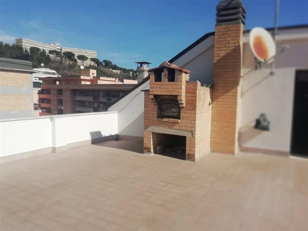 Appartamento in vendita a Teramo, 8 locali, prezzo € 190.000   PortaleAgenzieImmobiliari.it