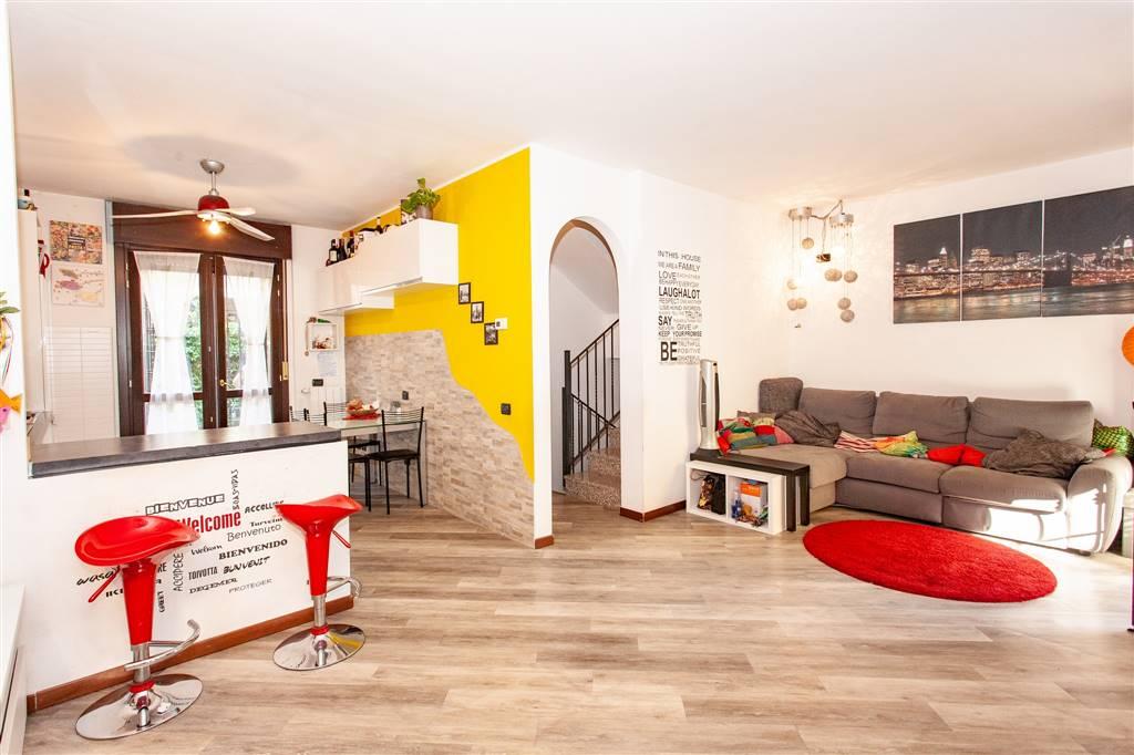 Villa a schiera in Via Tiziano Vecellio 9, Muggio'