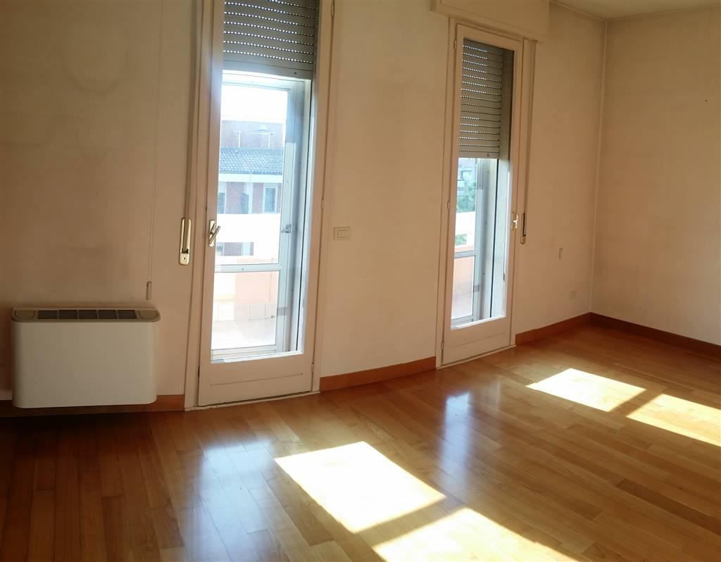 Attico / Mansarda in vendita a Padova, 9 locali, zona Sud-Est (S.Croce-S. Osvaldo, Bassanello-Voltabarozzo), prezzo € 580.000 | PortaleAgenzieImmobiliari.it