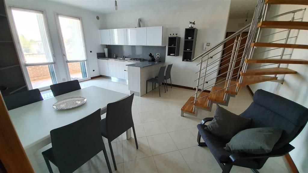 Appartamento in vendita a Villa del Conte, 4 locali, prezzo € 147.000   CambioCasa.it