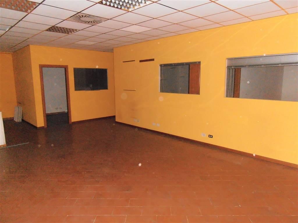 Affitto uffici siena cerco ufficio in affitto siena e for Cerco ufficio in affitto