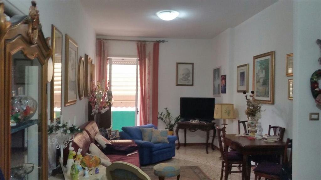 Quadrilocale in Via Rosmini, 21, Semicentrale, Latina
