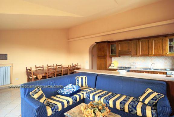 Appartamento in vendita a Castiglione d'Orcia, 3 locali, prezzo € 256.000 | CambioCasa.it