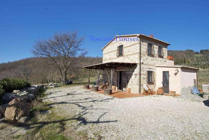 Rustico / Casale in vendita a Semproniano, 5 locali, prezzo € 290.000 | CambioCasa.it