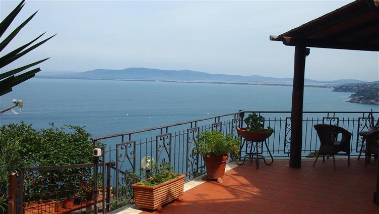 Appartamento in vendita a Monte Argentario, 4 locali, zona o Santo Stefano, prezzo € 590.000 | PortaleAgenzieImmobiliari.it