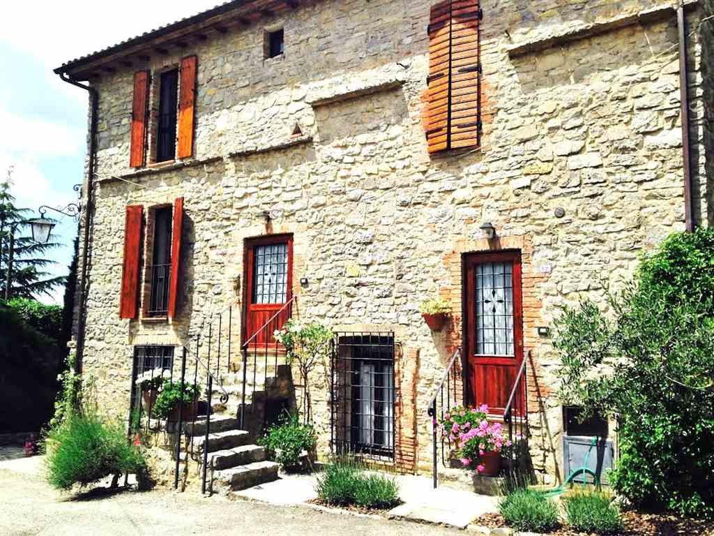 Rustico / Casale in vendita a Montegabbione, 8 locali, zona Località: CASTEL DI FIORI, prezzo € 659.000 | CambioCasa.it