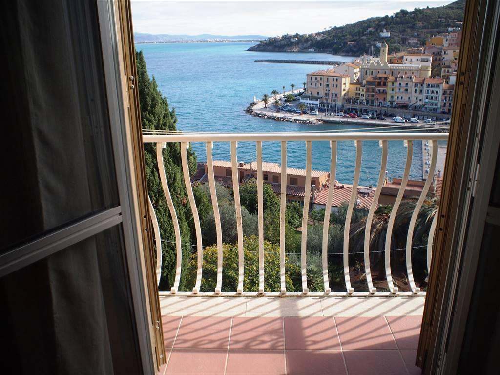 Appartamento in vendita a Monte Argentario, 3 locali, zona Zona: Porto Santo Stefano, prezzo € 260.000 | CambioCasa.it
