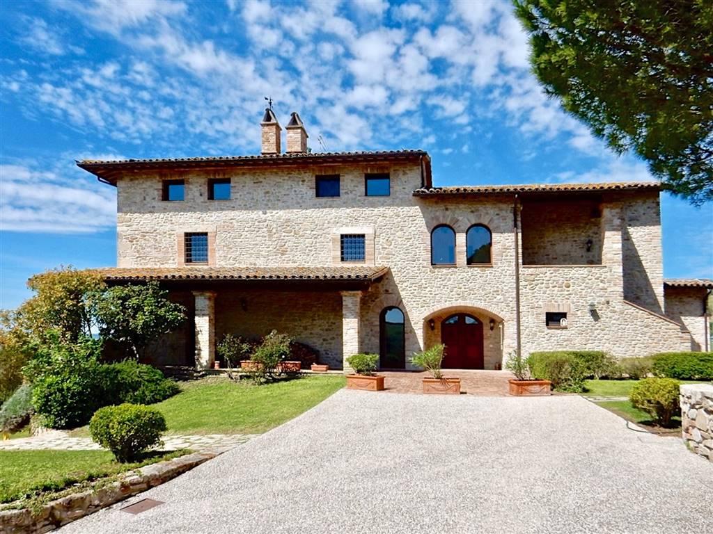 Villa, Todi, in ottime condizioni