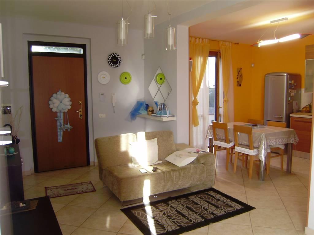 Appartamento in vendita a Foiano della Chiana, 4 locali, prezzo € 132.000 | PortaleAgenzieImmobiliari.it