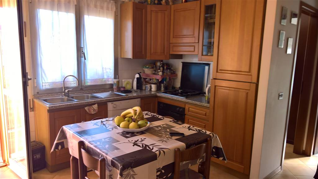 SANT'ANGELO A LECORE, CAMPI BISENZIO, Apartment for sale of 60 Sq. mt., Habitable, Heating Individual heating system, Energetic class: G, Epi: 179