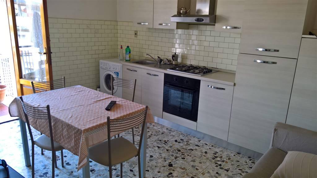 Appartamento in vendita a Campi Bisenzio, 3 locali, zona Località: CENTRO, prezzo € 120.000 | PortaleAgenzieImmobiliari.it