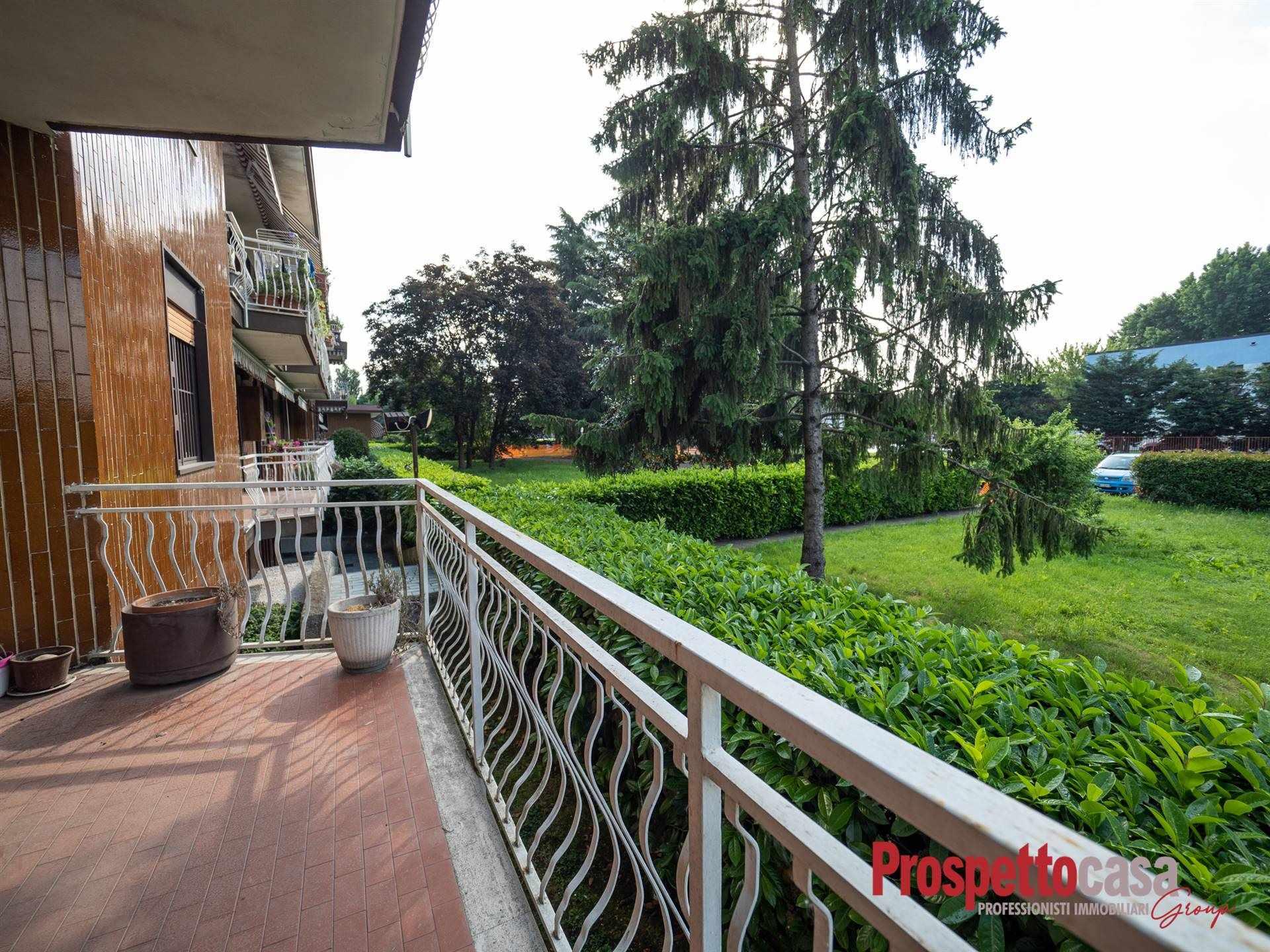 Appartamento in vendita a Trezzano sul Naviglio, 4 locali, prezzo € 249.000 | PortaleAgenzieImmobiliari.it