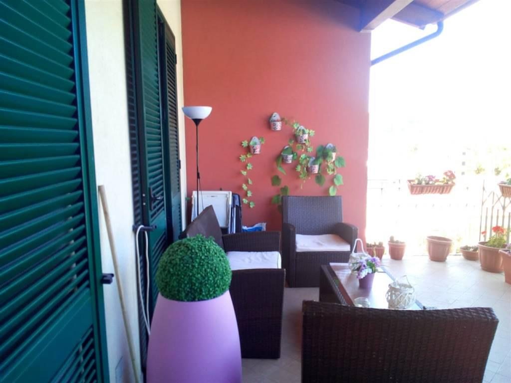 Appartamento in vendita a Baronissi, 3 locali, zona Zona: Acquamela, prezzo € 150.000 | CambioCasa.it