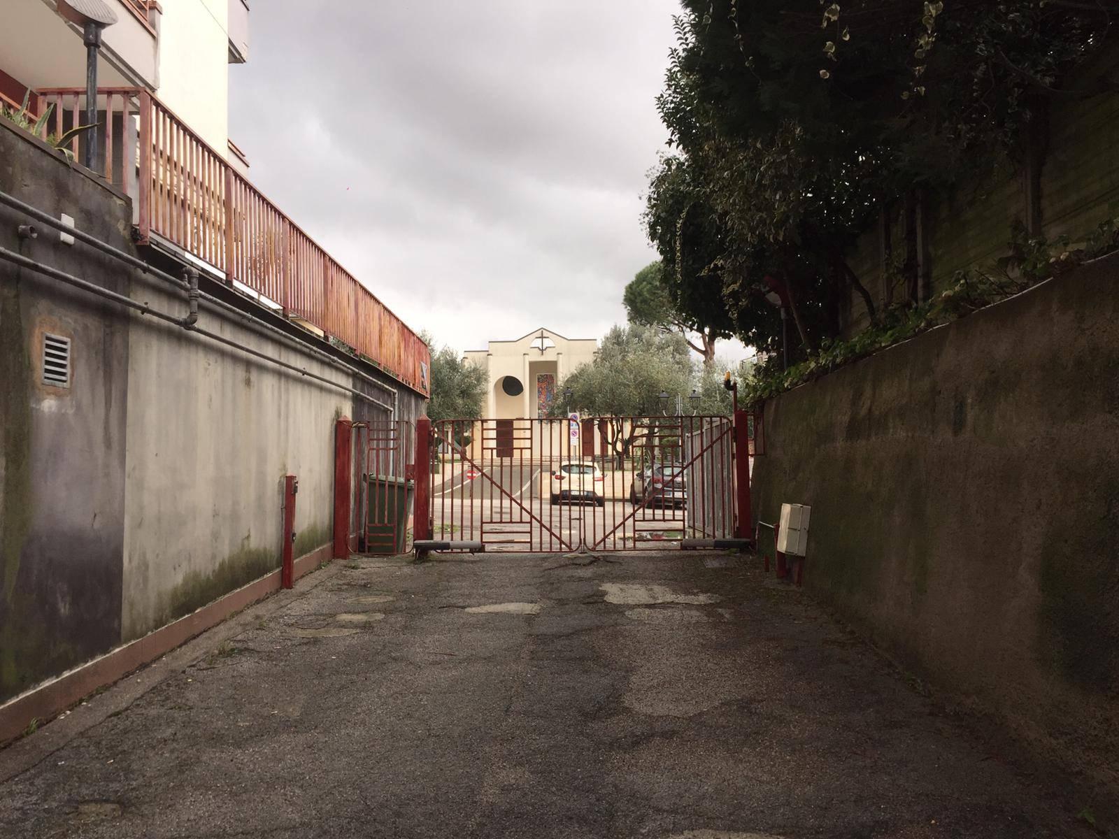 Negozio / Locale in affitto a Baronissi, 9999 locali, prezzo € 800   CambioCasa.it