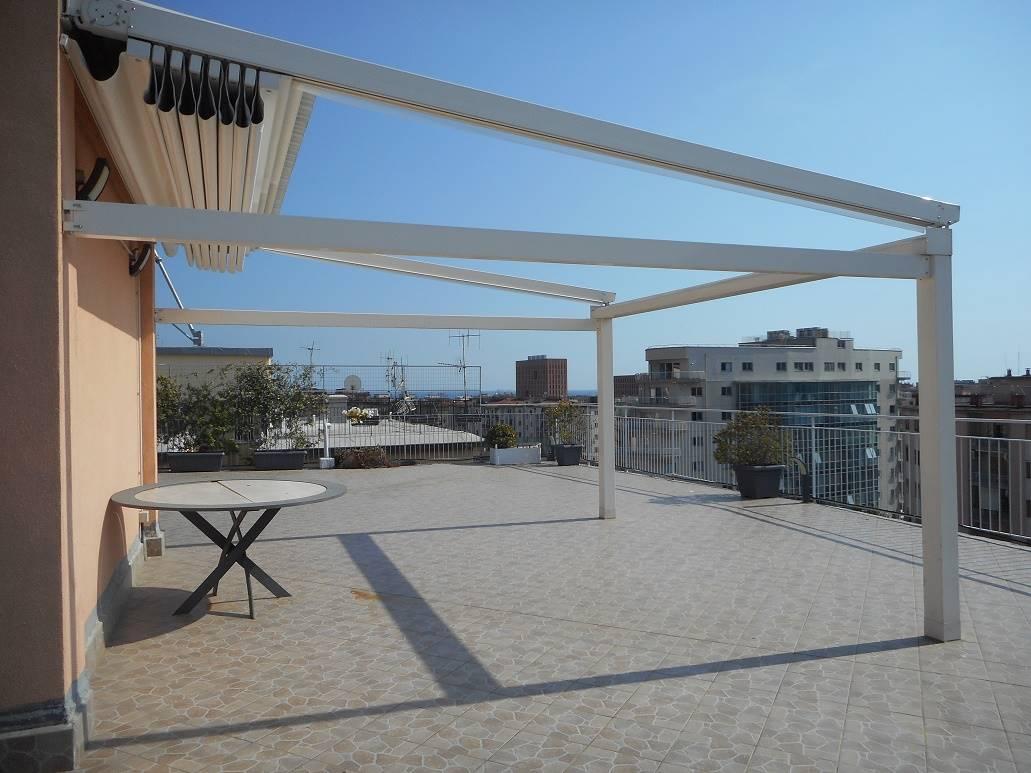 Appartamento in vendita a Salerno, 4 locali, zona Località: IRNO / CALCEDONIA/ PETROSINO, prezzo € 450.000 | PortaleAgenzieImmobiliari.it